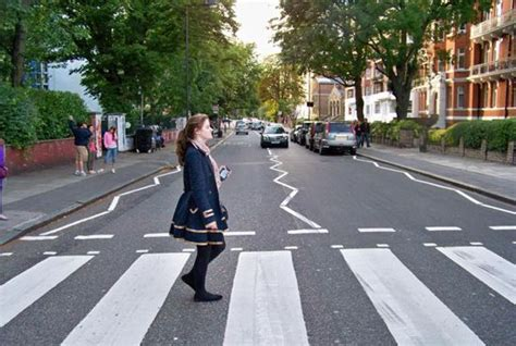 Abbey Road Live Webcam - London, UK - World Cams