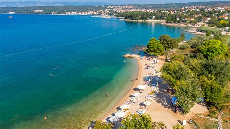 Rova Beach on the island of Krk - Malin Krk