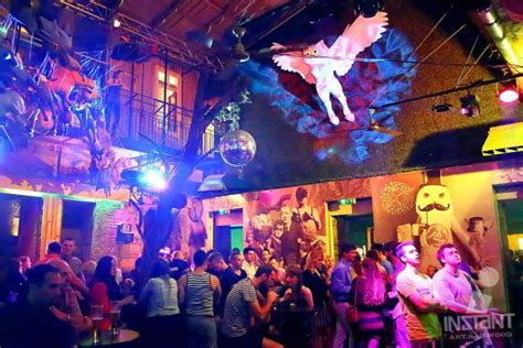 Ruin Bars Budapest | Guide & Map to Ruin Bars in Budapest