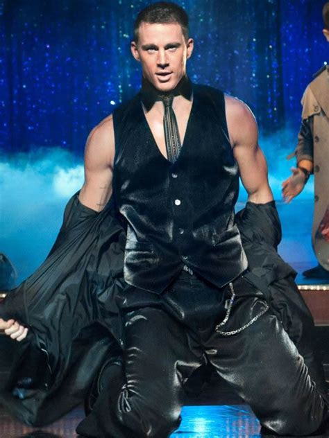 'Magic Mike' Trailer: Channing Tatum Shirtless + Johnny