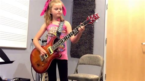 Sweet Child O'Mine Little Girl Plays GNR On Electric