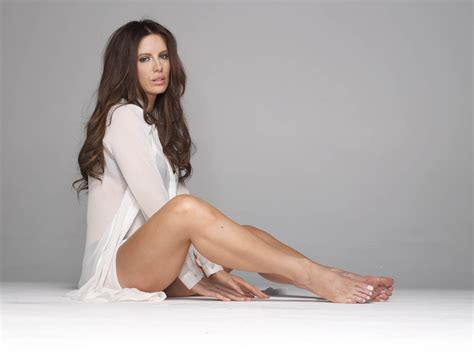 Kate Beckinsale (Selene from Underworld) Nude And Sexy (46