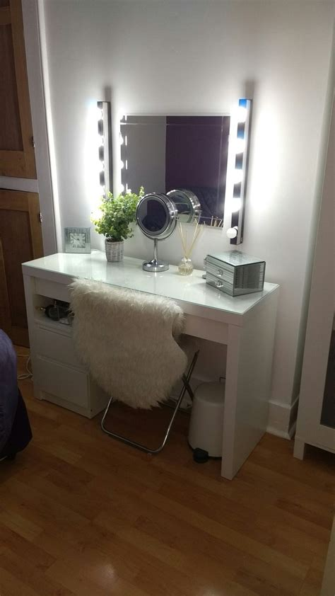 Put small malm drawers and trashcan under table | Ikea