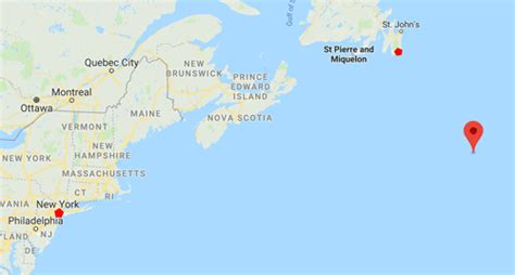 How far from New York City was the Titanic when it sank